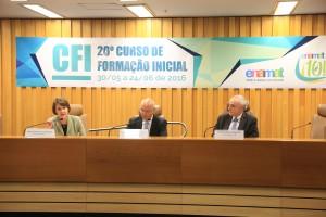 Mesa de abertura do 20º CFI