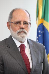 6_Ministro Renato